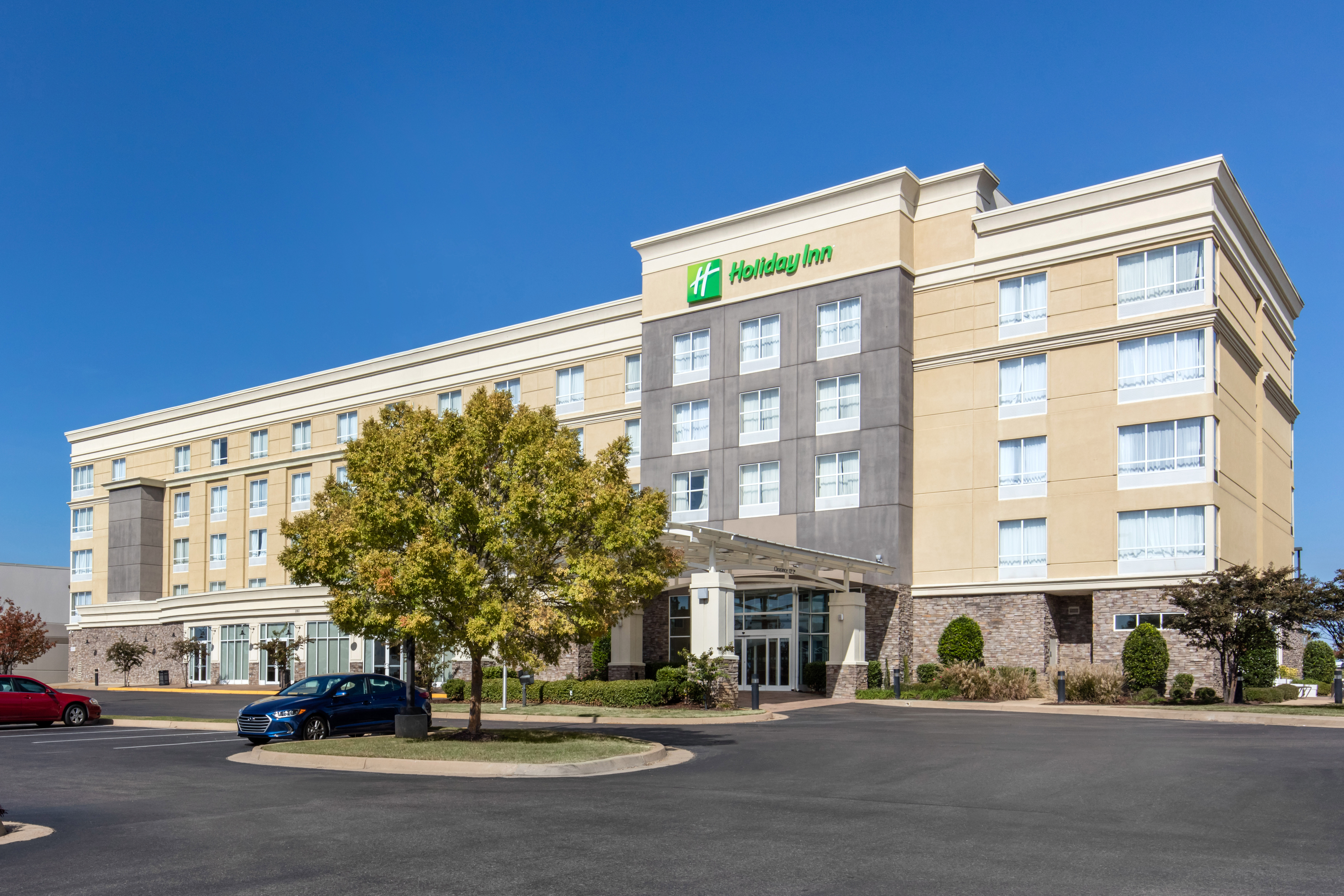 Hamister Group, LLC Sells Hotel in Greater Memphis Area